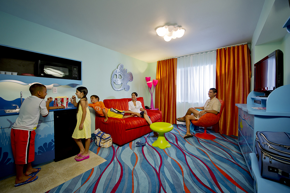 "Disney's Art of Animation: ""Finding Nemo"" Family Suite"