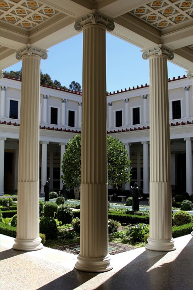 pilares Getty Villa