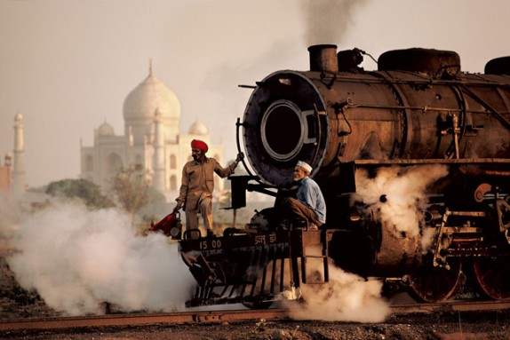 -foto 2- Steam Train de Steve McCurry. Agra, India.